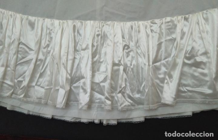 Vintage: Cancan de vestido de novia, tejido blanco artificial, elástico en la cintura, volante de raso. - Foto 2 - 155033334