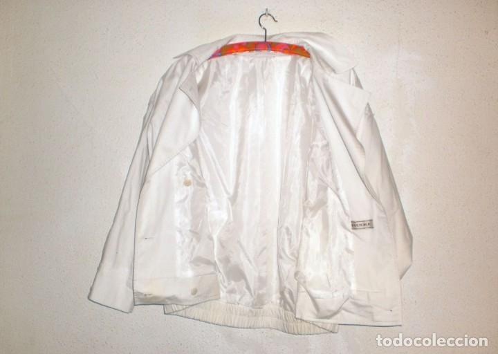 Vintage: HUCKE. Chaqueta entretiempo mujer color blanco. Talla 40. POCO USO - Foto 3 - 155600858