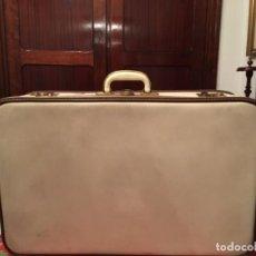 Vintage: PRECIOSA Y ANTIGUA MALETA GLADIATOR. Lote 156956638