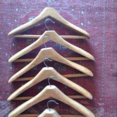 Vintage: 10 PERCHAS DE MADERA HECHAS A MANO. Lote 157378890