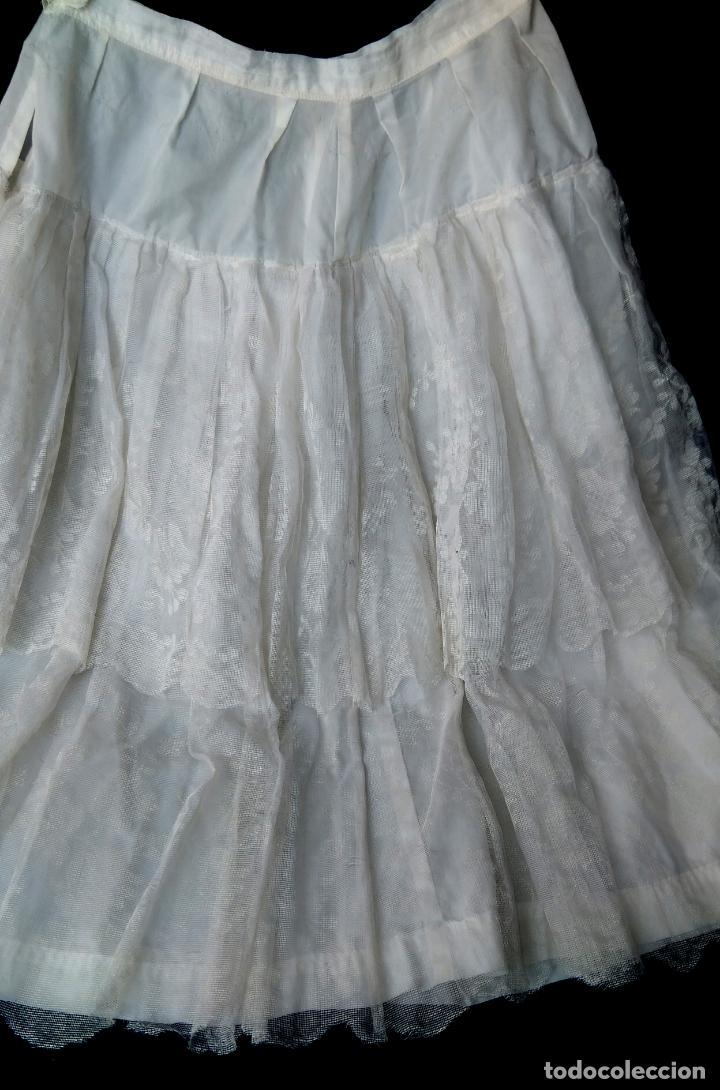 Vintage: Cancán corto para vestidos de los años 1950-60, tejido de nylón y dos volantes de tul pintado. - Foto 2 - 157815922