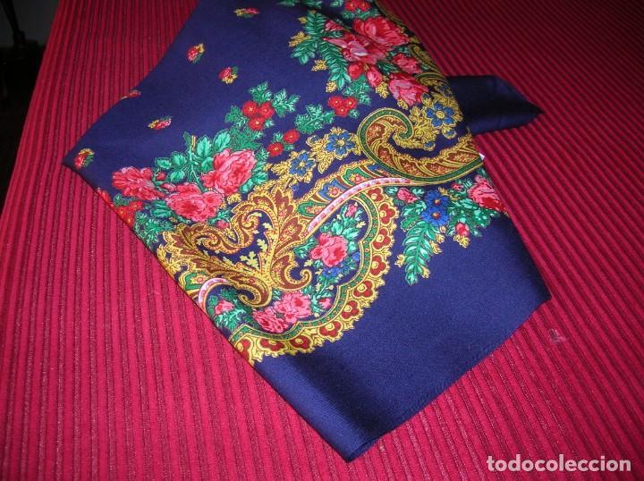 Vintage: Muy colorido pañuelo grande.Puede ser para traje regional - Foto 3 - 159548230