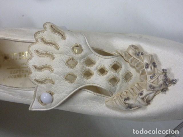 Vintage: zapatos de novia años 20 hechos en USA vendidos en tienda Gijon - Foto 2 - 164307018