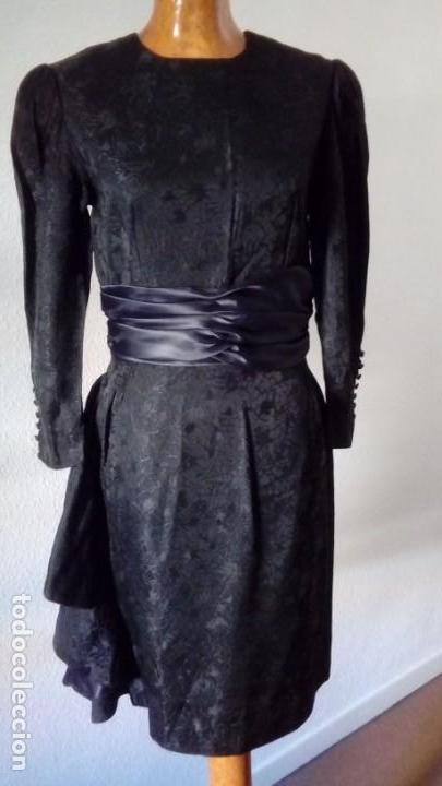 VESTIDO VINTAGE. (Vintage - Moda - Mujer)