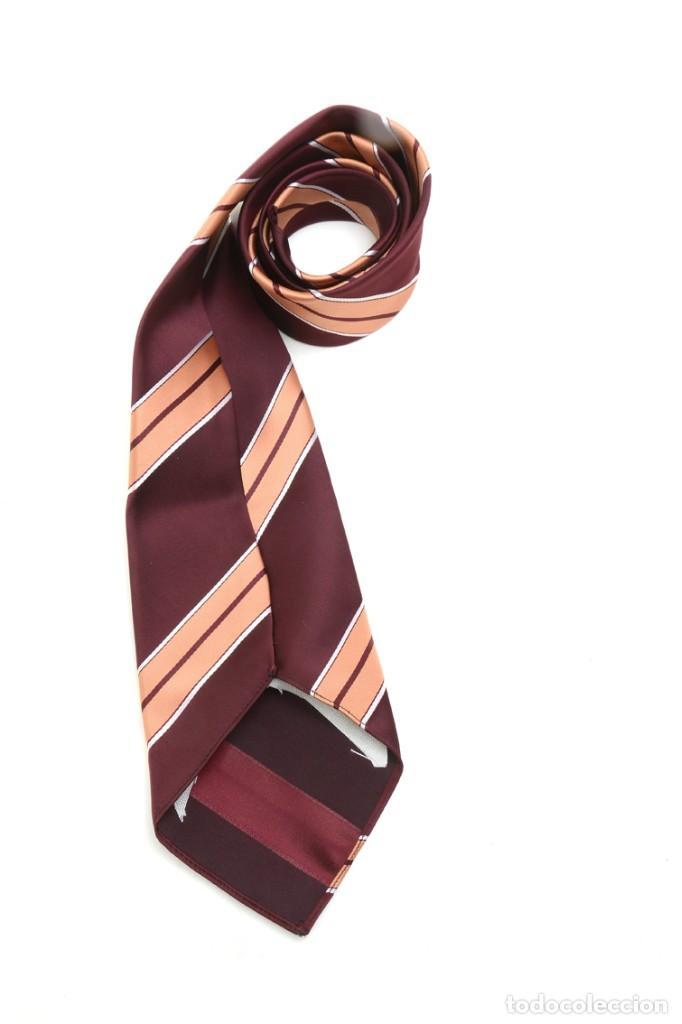 Vintage: Corbata de los años 70 morada con rayas, moda hombre, corbata 60, corbata 70, sixties - Foto 8 - 167126936