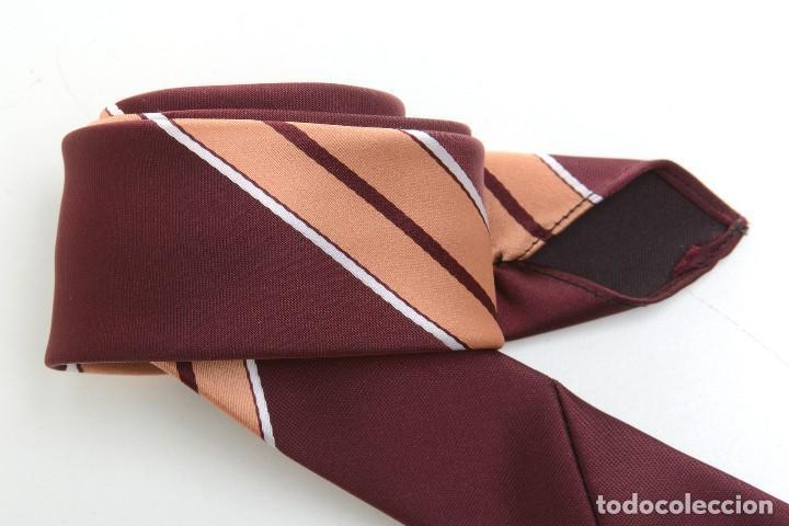 Vintage: Corbata de los años 70 morada con rayas, moda hombre, corbata 60, corbata 70, sixties - Foto 15 - 167126936