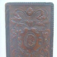Vintage: ANTIGUA CARTERA DE HOMBRE DE CUERO REPUJADO , PIEL . Lote 167969432