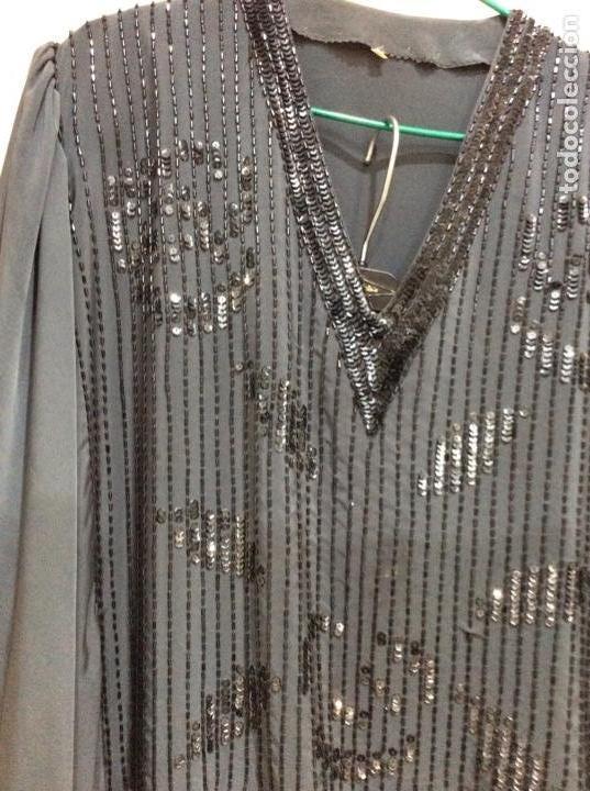 Vintage: Precioso traje dos piezas de seda bordado con lentejuelas y paillets. Años 80 - Foto 2 - 124232927