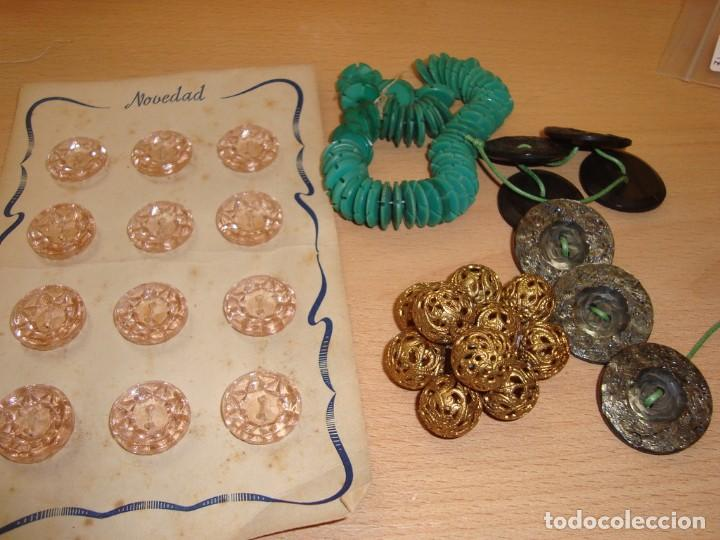 BOTONES ANTIGUOS (Vintage - Moda - Mujer)