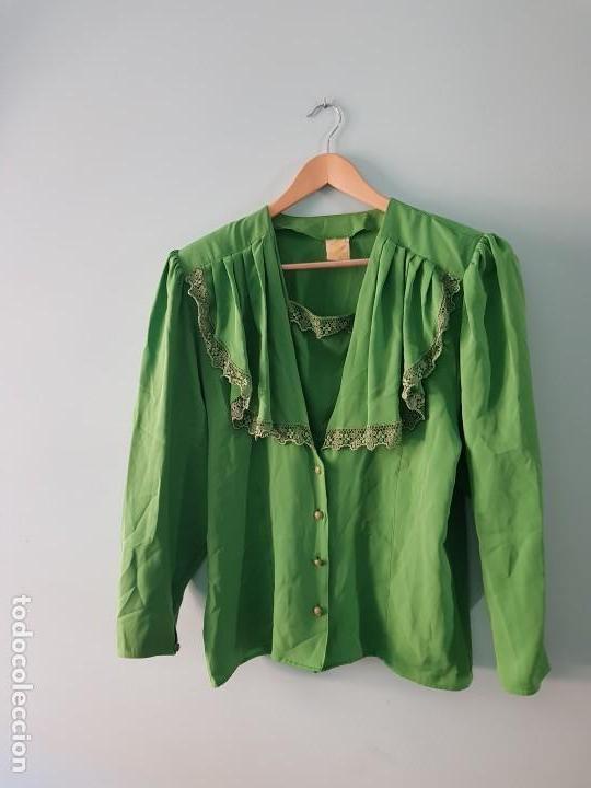 BLUSA MANGA LARGA VINTAGE COLOR VERDE ESMERALDA (Vintage - Moda - Mujer)
