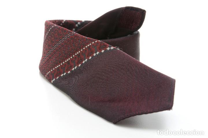 Vintage: Corbata vintage de los 60 morada con estampado abstracto - Foto 3 - 171037503