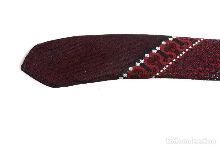 Vintage: Corbata vintage de los 60 morada con estampado abstracto - Foto 8 - 171037503