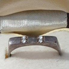 Vintage: EXCELENTE ANILLO DE PLATA DE LEY 925 CON CIRCONIAS ANTIGUO. Lote 172998538