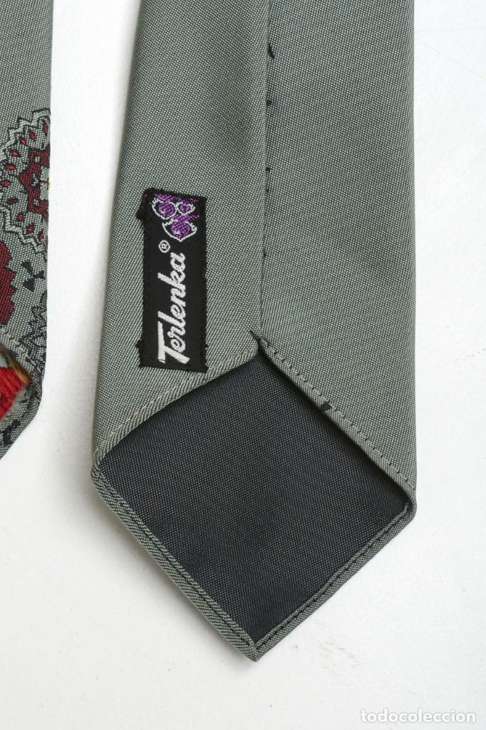 Vintage: Corbata para hombre vintage de los años 60 satinada de color verde oliva trelenka - Foto 6 - 173152975