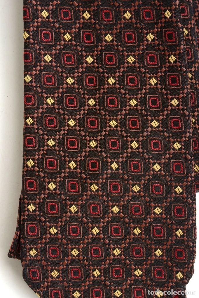 Vintage: Preciosa corbata vintage 50-60 marrón con gracioso estampado - Foto 2 - 173196617