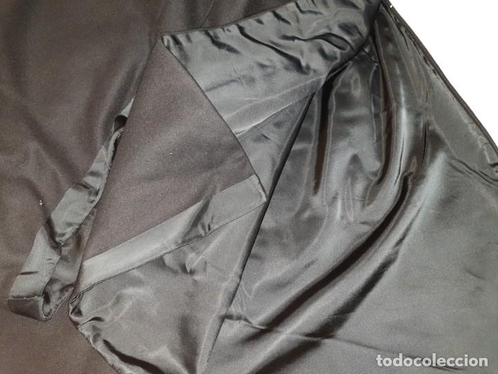 Vintage: Capa negra con forro. - Foto 7 - 173488950