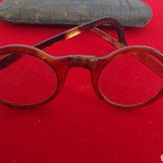 Vintage: GAFAS ANTIGUAS CON ESTUCHE EN PIEL. Lote 176097967