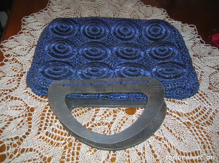 Vintage: Bolso de los años 60 de rafia a ganchillo color azul marino - Foto 2 - 176282542