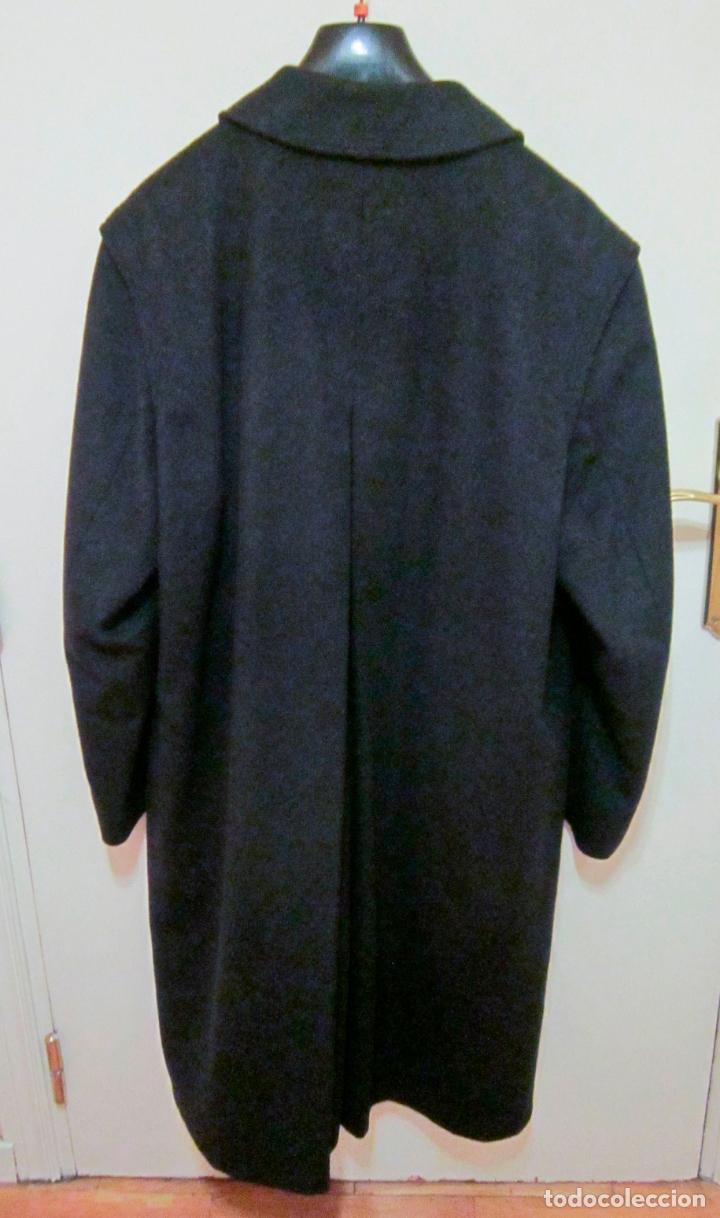 Vintage: Abrigo Loden caballero. Color azul oscuro. Años 90. Como nuevo. - Foto 2 - 176439037