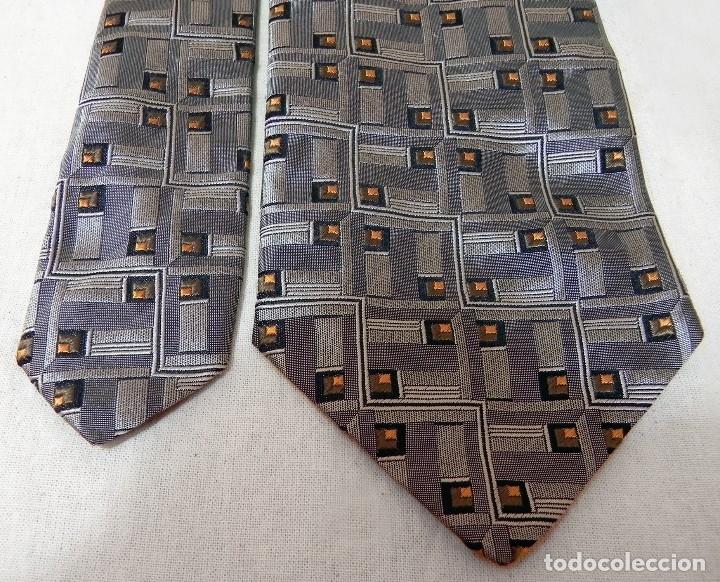Vintage: Corbata Seda Natural DOLCE GABBANA Gris plata Vintage - Foto 11 - 177596885