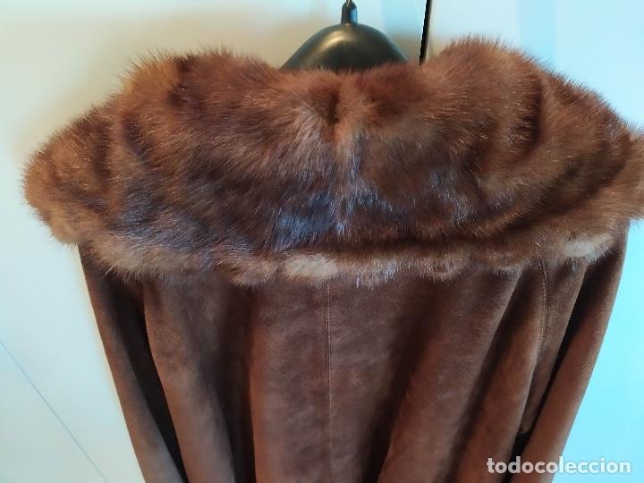 Vintage: Abrigo de piel - Foto 2 - 177970654