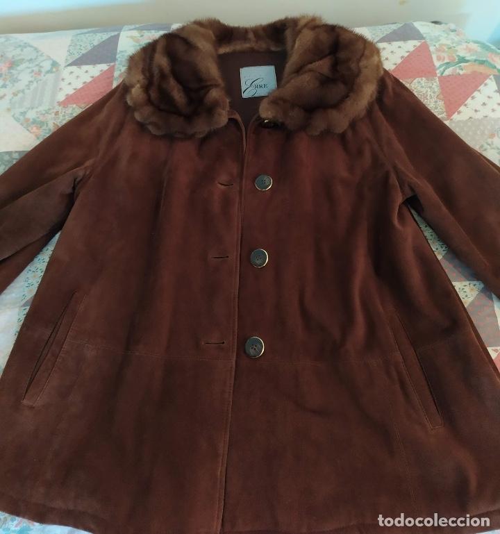 Vintage: Abrigo de piel - Foto 5 - 177970654