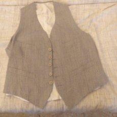 Vintage: CHALECO TRAJE CLÁSICO HOMBRE GRIS CLARO JASPEADO AÑOS 60. Lote 178720048