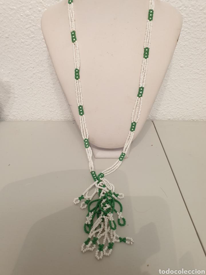 Vintage: Excelente collar vintage blanco verde con ramillete - Foto 5 - 178740568
