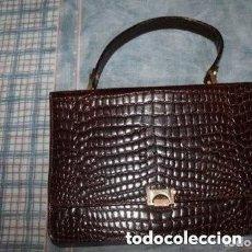 Vintage: ANTIGUO BOLSO DE PIEL COCODRILO AUTENTICO AÑOS 60. Lote 181533135