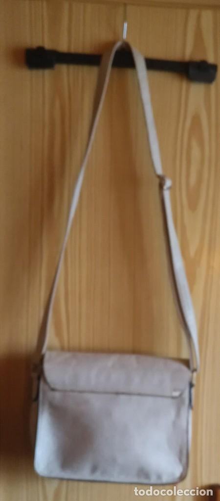 Vintage: Bolso bandolera polipiel blanco crudo / beige claro MSK - 20cm x 25cm x 8cm - Foto 9 - 183769152