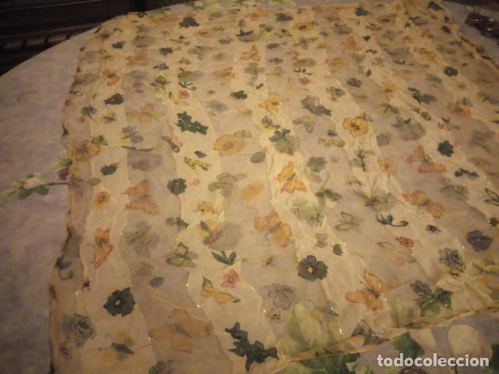 Vintage: Precioso pañuelo con motivo mariposas y transparencias.viscosa - Foto 2 - 186492855
