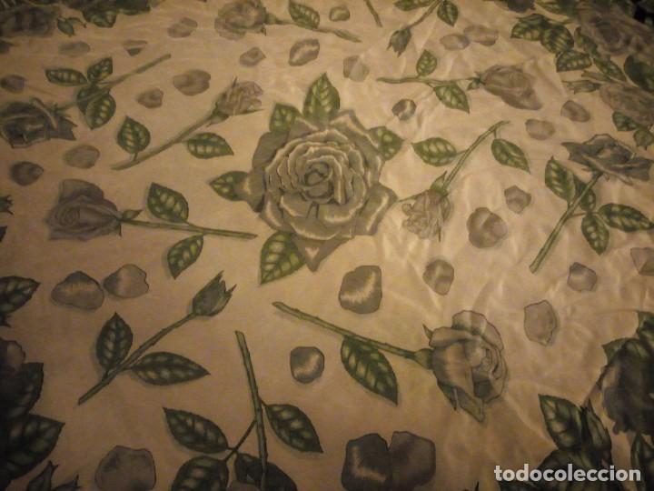 Vintage: Precioso pañuelo de seda,motivo rosas y mariposas,verde y negro - Foto 4 - 186498587