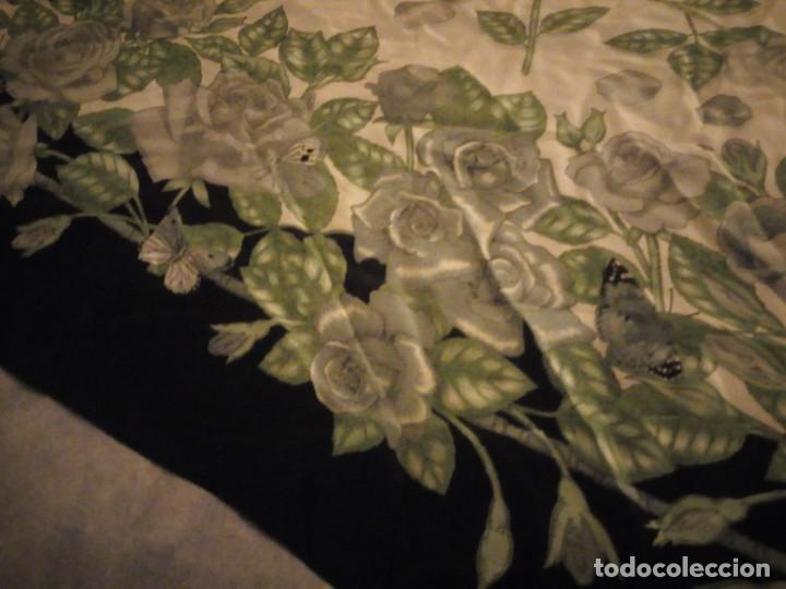 Vintage: Precioso pañuelo de seda,motivo rosas y mariposas,verde y negro - Foto 6 - 186498587