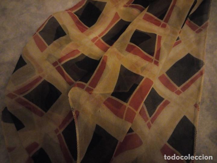Vintage: Precioso pañuelo bufanda viscosa 100% ,estampado rombos,vintage - Foto 6 - 186509210