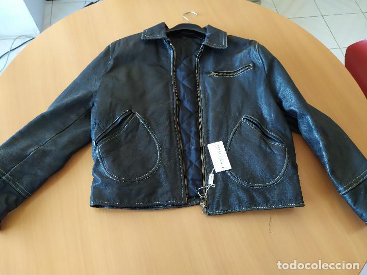 24-00002 - CHAQUETA PIEL - TALLA 40 (Vintage - Moda - Hombre)