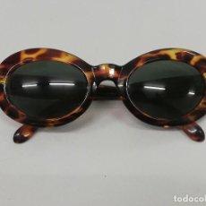 Vintage: GAFAS DE SOL VINTAGE, MARCA FESAN. CON FUNDA.. Lote 191356038