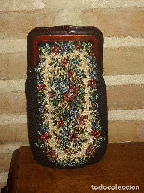 FUNDA DE GAFAS PETIT POINT (Vintage - Moda - Complementos)