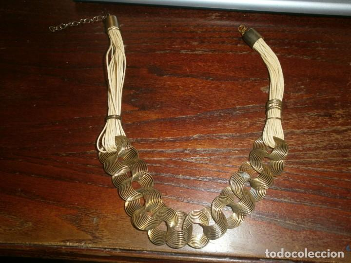 Vintage: Collar gargantilla hilo - latón - aros alambre dorado media abierto 45 cm. - Foto 3 - 194782231