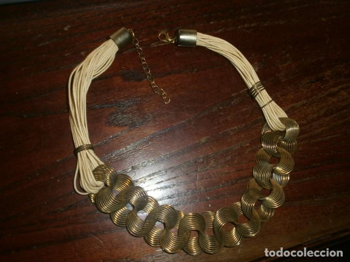 Vintage: Collar gargantilla hilo - latón - aros alambre dorado media abierto 45 cm. - Foto 5 - 194782231