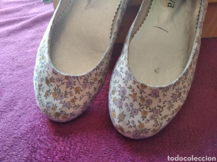 Vintage: Zapatos bailarinas talla 36 flores - Foto 2 - 194782462
