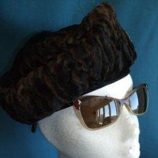 Vintage: ANTIGUA BOINA , GORRO. HAT, ASTRACÁN. BONETE. Lote 195946476