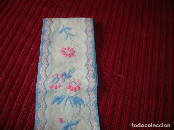 Vintage: Tres tiras bordadas muy bonitas, - Foto 3 - 198292728
