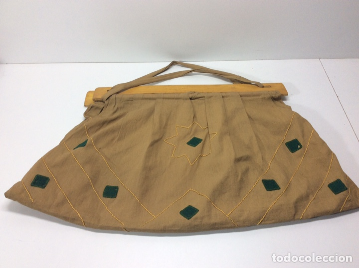 BOLSO VINTAGE TELA Y MADERA. 53X30CM (Vintage - Moda - Mujer)