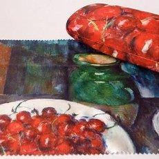 Vintage: ESTUCHE FUNDA GAFAS CÉZANNE (CEREZAS) + GAMUZA - MUSEO THYSSEN BORNEMISZA- AGOTADO EN MUSEO - NUEVO. Lote 203054325