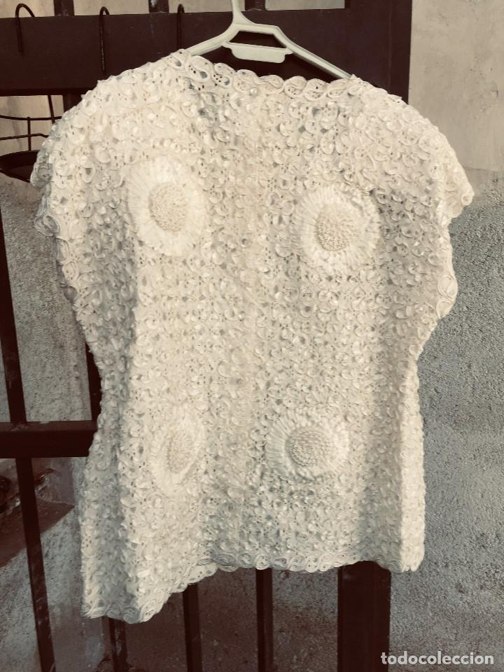 Vintage: camisa blusa gio canetti muy elaborada flores relieve crisantemos talla L italia italy años 60 65cms - Foto 2 - 202938106