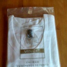 Vintage: CAMISETA VINCIT SIN ESTRENAR. Lote 203812538