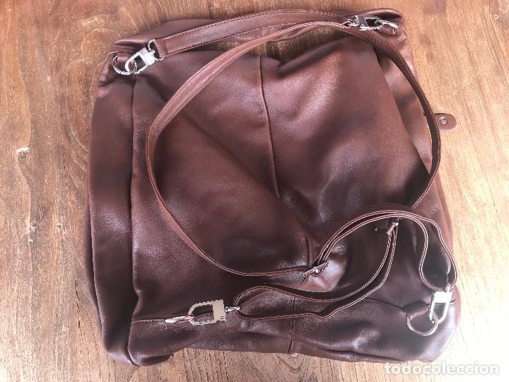 Vintage: Bolso-mochila de cuero marrón marca Lurueña (sin estrenar) - Foto 2 - 204260478