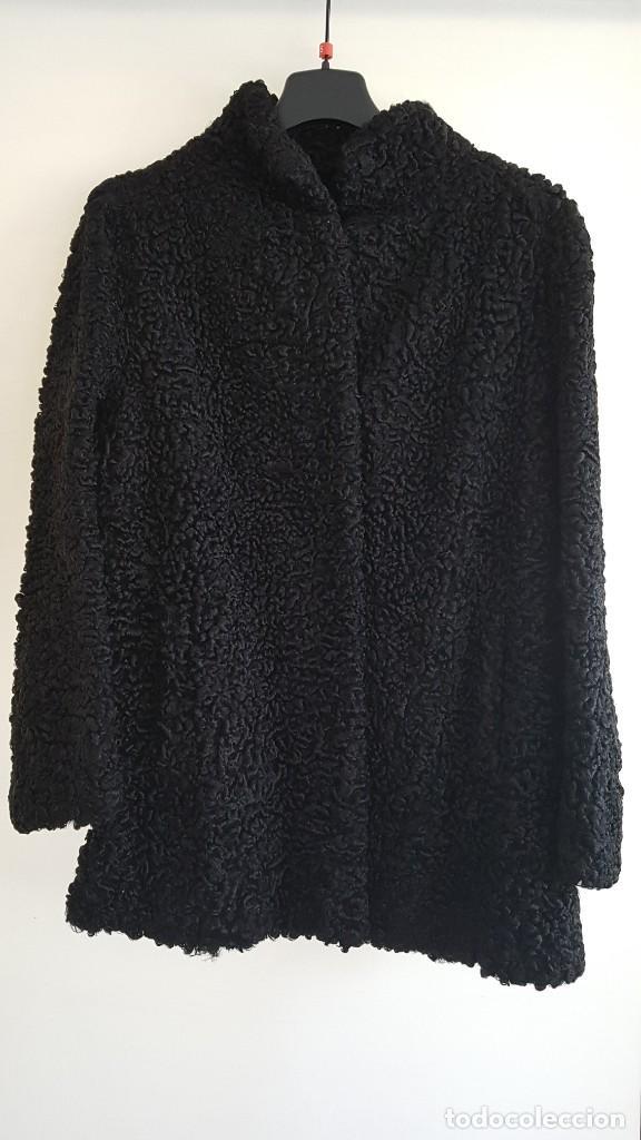 CHAQUETON PIEL ASTRACAN NEGRO (Vintage - Moda - Mujer)