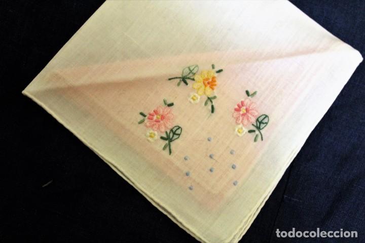 Vintage: Lote de Pañuelos de Bolsillo, bordados à mano - organza y hilo fino - Foto 3 - 205811298