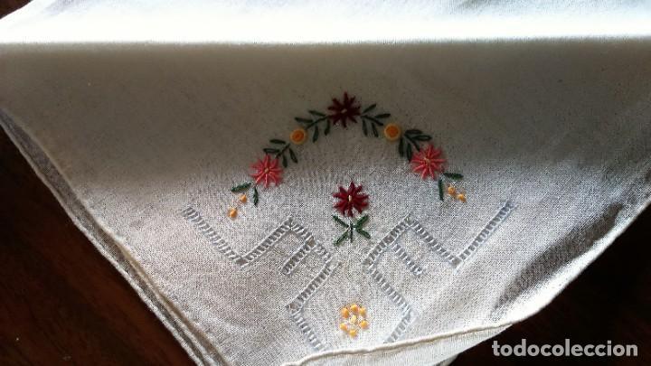 Vintage: Lote de Pañuelos de Bolsillo, bordados à mano - organza y hilo fino - Foto 5 - 205811298